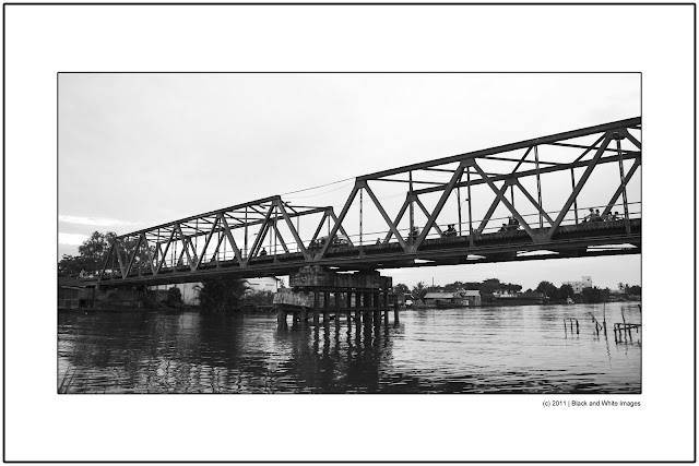 Kayu Tangi Bridge
