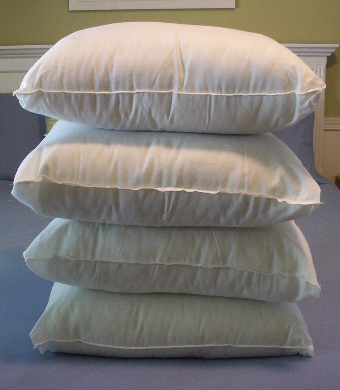 this thrifty house: make your own pillow forms