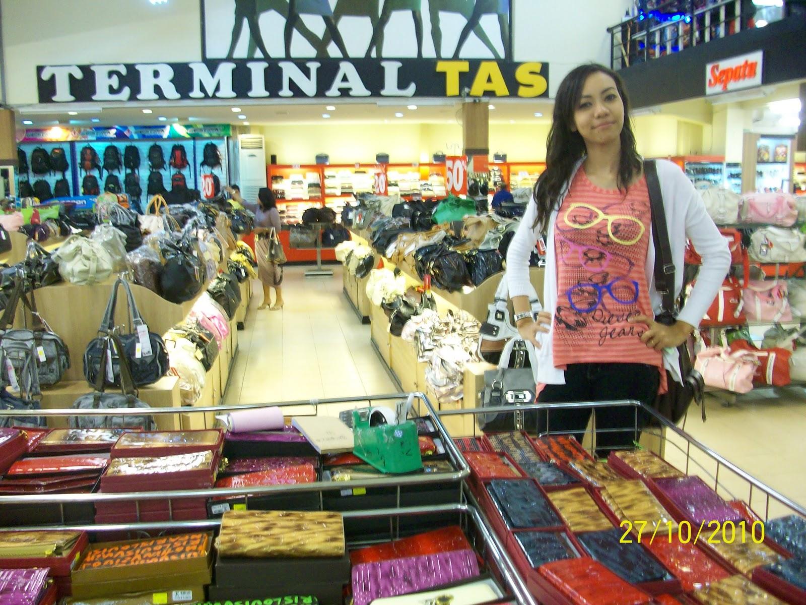 MY ALL: Cuti2 di Bandung ( Jalan Cibaduyut )