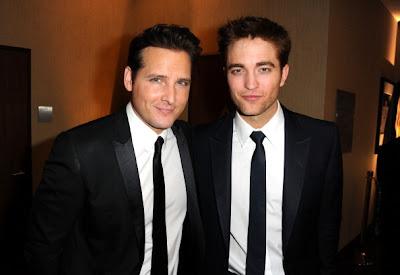 Golden Globes 2011 - Página 2 Pattinsonlife-rp1