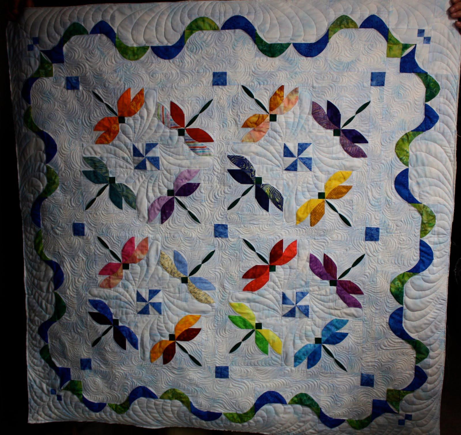 A Frayed of Fibers: A Dragonfly Summer : dragonfly quilt - Adamdwight.com