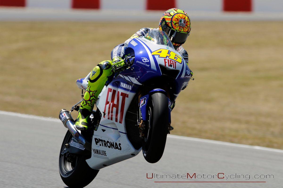 http://3.bp.blogspot.com/_loFkcQTMZ2o/TTnbkZk8FsI/AAAAAAAAALw/Efkk_efjhQ0/s1600/2009_Valentino_Rossi_Yamaha_M1_MotoGP_Motorcycle_Racing_Wallpaper+2.jpg