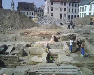 Opgravingen aan het belfort in Gent