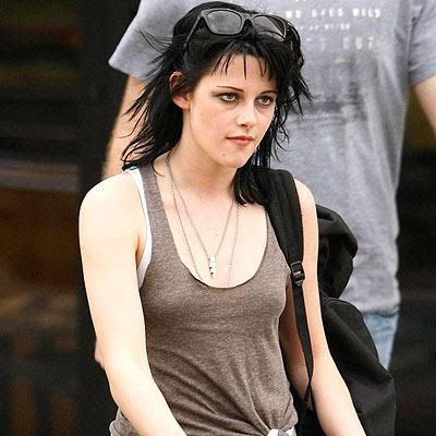 Kristen Stewart Short Hair with Eyeglass on Head