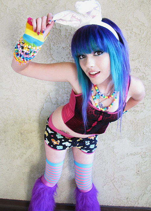 from Clyde naked raver girls pic