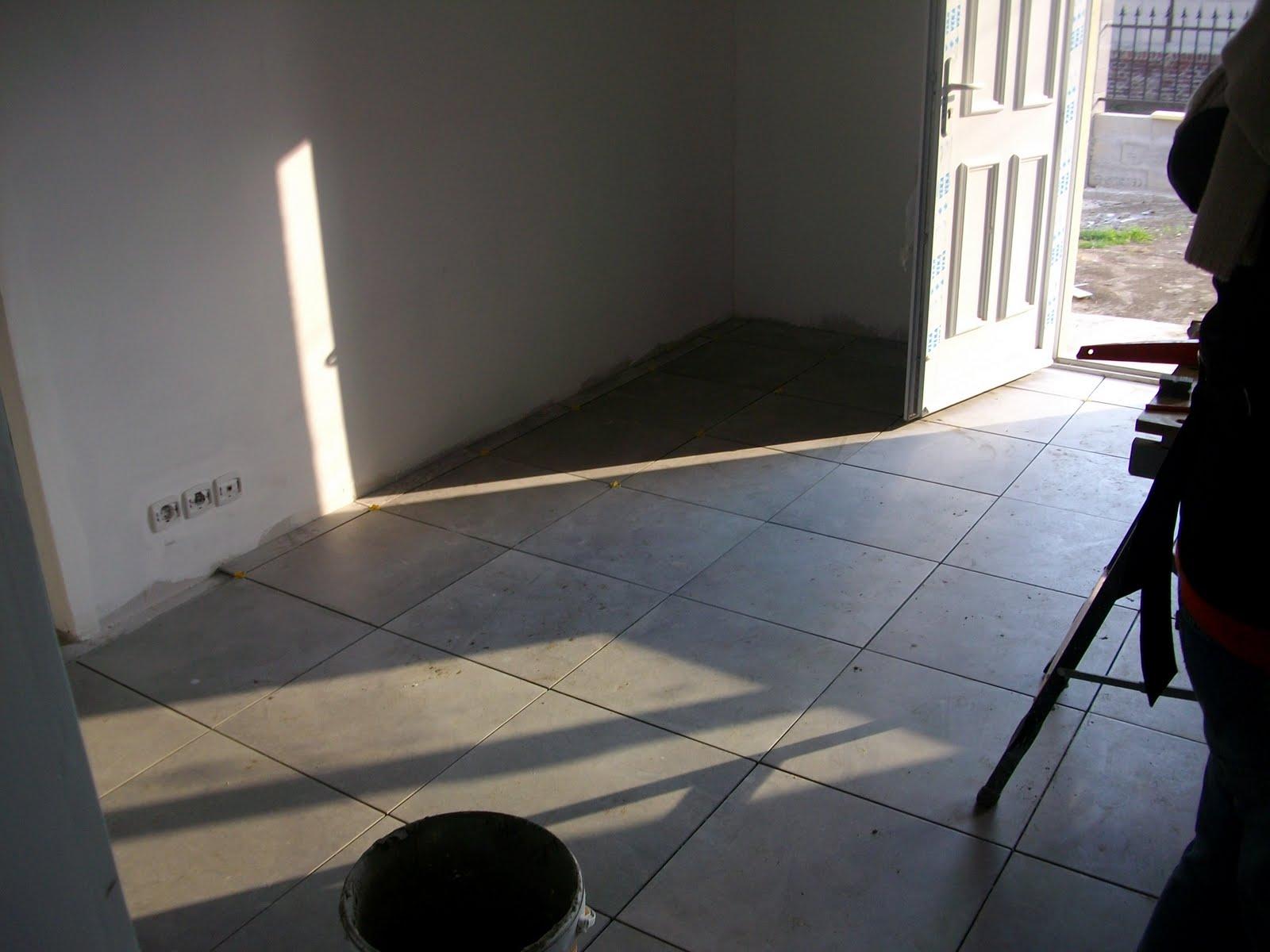 Notre maison mikit carrelage suite for Carrelage 92