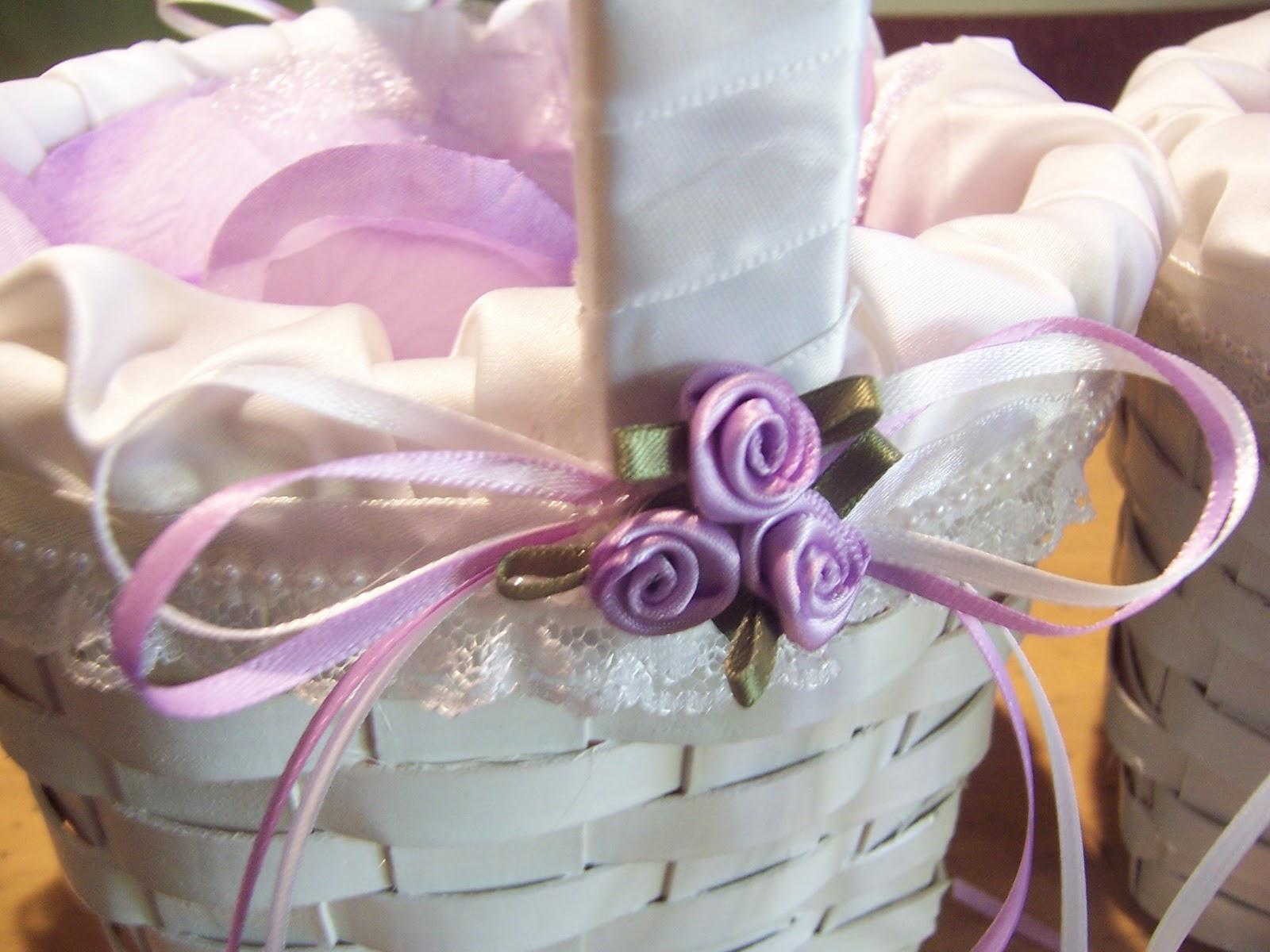 Happy homemaker me flower girl baskets izmirmasajfo