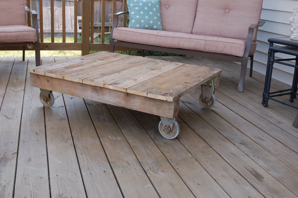 Top Outdoor Coffee Table 1024 x 680 · 158 kB · jpeg