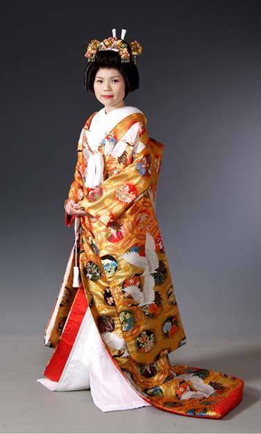 mis vestidos de novia: novias exóticas: japonesa