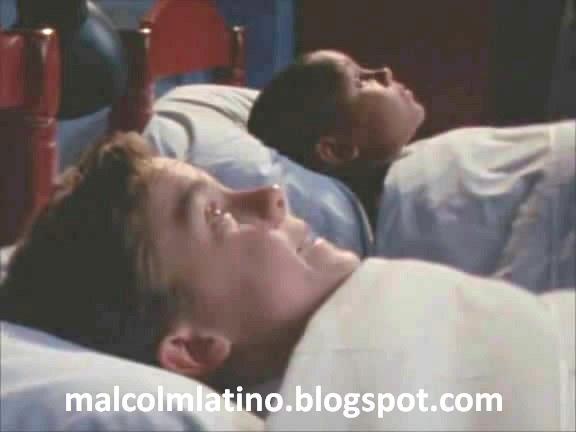 Pijamada-Malcolm-Latino