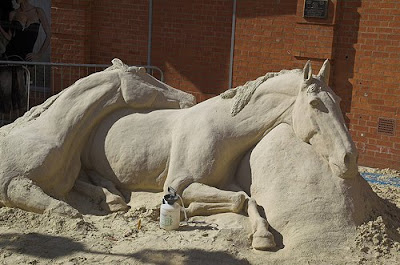Two horses - Sand Art