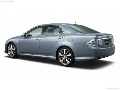 2007 Toyota Crown Hybrid Concept PICTURES