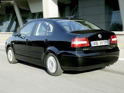 Volkswagen-Polo_Sedan_2003_800x600_wallp