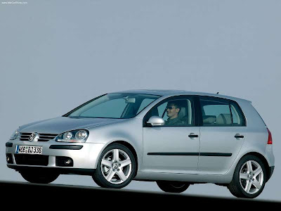 Volkswagen Golf Mk V The fifth generation Golf was unveiled at the Frankfurt