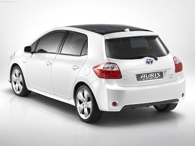 Toyota Auris Sport X. Best Toyota Auris HSD