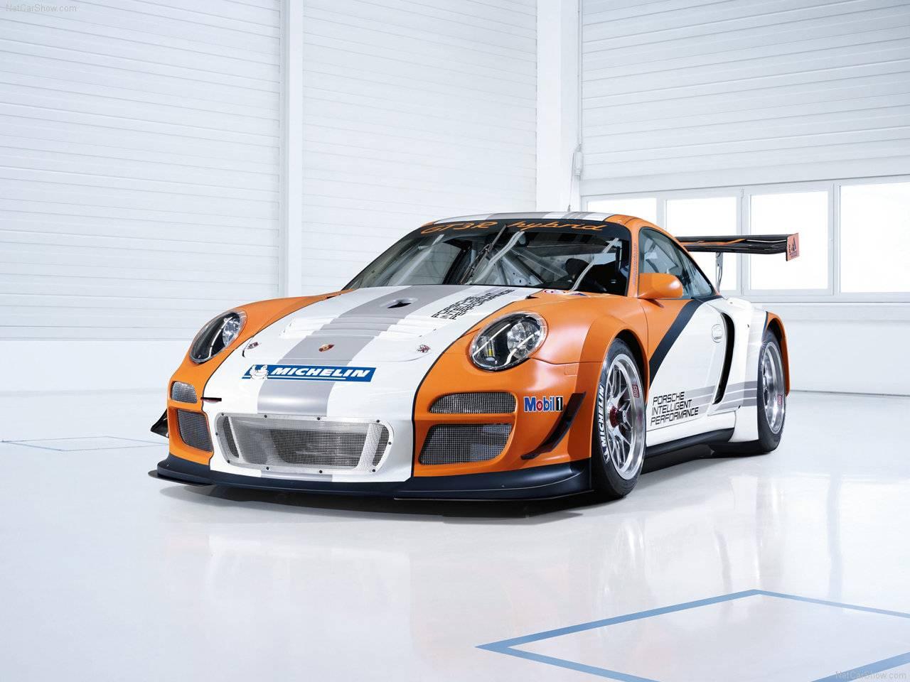 Porsche 911 GT3 R Hybrid 2011