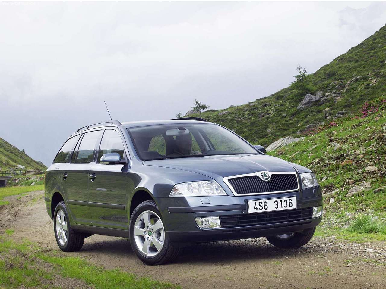 2005 skoda octavia combi 4x4 skoda cars. Black Bedroom Furniture Sets. Home Design Ideas