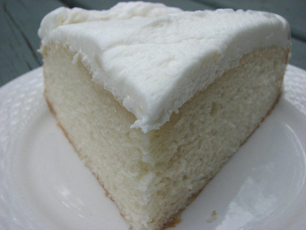 white almond cake mix