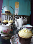 retro recipes, luscious cup cakes and musings of a bakerette!