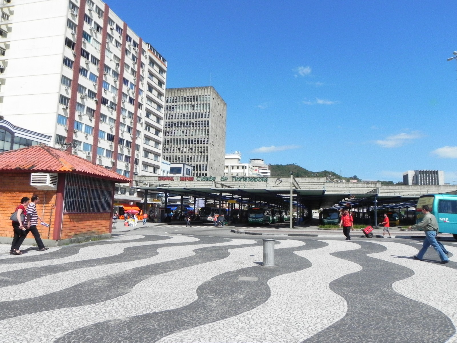 Salones Con Aparador Y Vitrina ~ Centro de Florianópolis Foi Assim que te Amei