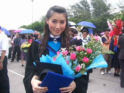 These are thai actress hairstyle File name prom hairstyles for long hair prom hairstyles long