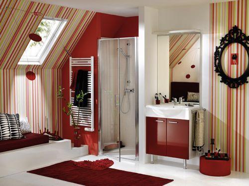 instale las galeras para las cortinas justo debajo del techo y no encima