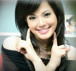 foto hot artis indonesia lena magdalena gambar foto artis hot