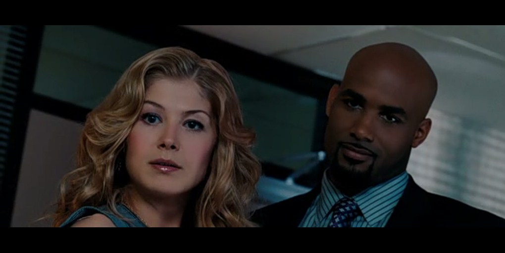 Rosamund Pike: Surrogates Screen Captures