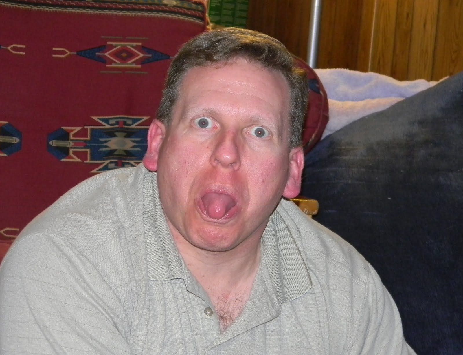 http://3.bp.blogspot.com/_ly6GDM27qm8/TU8TbDoh0XI/AAAAAAAAAvE/kuf_ANiV5es/s1600/scott-tongue.jpg
