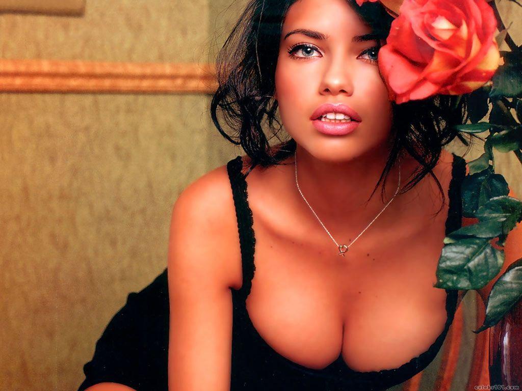http://3.bp.blogspot.com/_lyYmM9sAKgE/Sw_-_JYBlkI/AAAAAAAAAG0/1lv1Zt6Q1UM/s1600/Adriana_Lima_70.jpg