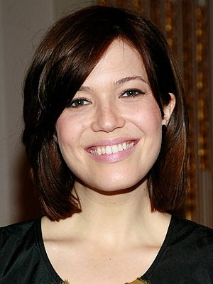 celebrity stock photos - mandy moore