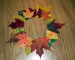 http://3.bp.blogspot.com/_m0QgaiBglUU/TML0RxS2G3I/AAAAAAAAAKs/163Gv6cAAIU/s1600/leaf-wreath07.jpg