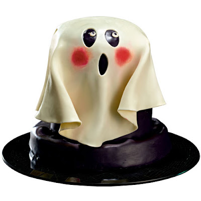 Trick or Treat!!!! Desde las catacumbas del Monasterryo entregando primeros regalitos Ghost+Cake