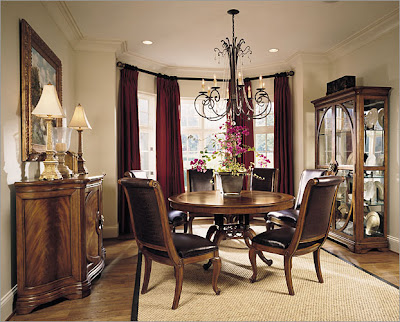 Expensive Dining Room Furniture on Luxury Classic Dining Room Furniture With Chandelier