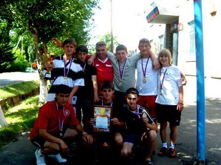 СПАРТАКИАДА ШКОЛЬНИКОВ. Кормиловка-2008 1 место.