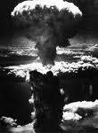 Nube de hongo causada por una Bomba Atómica