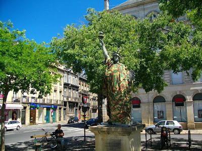 Une Statue De La Libert Us Go Home