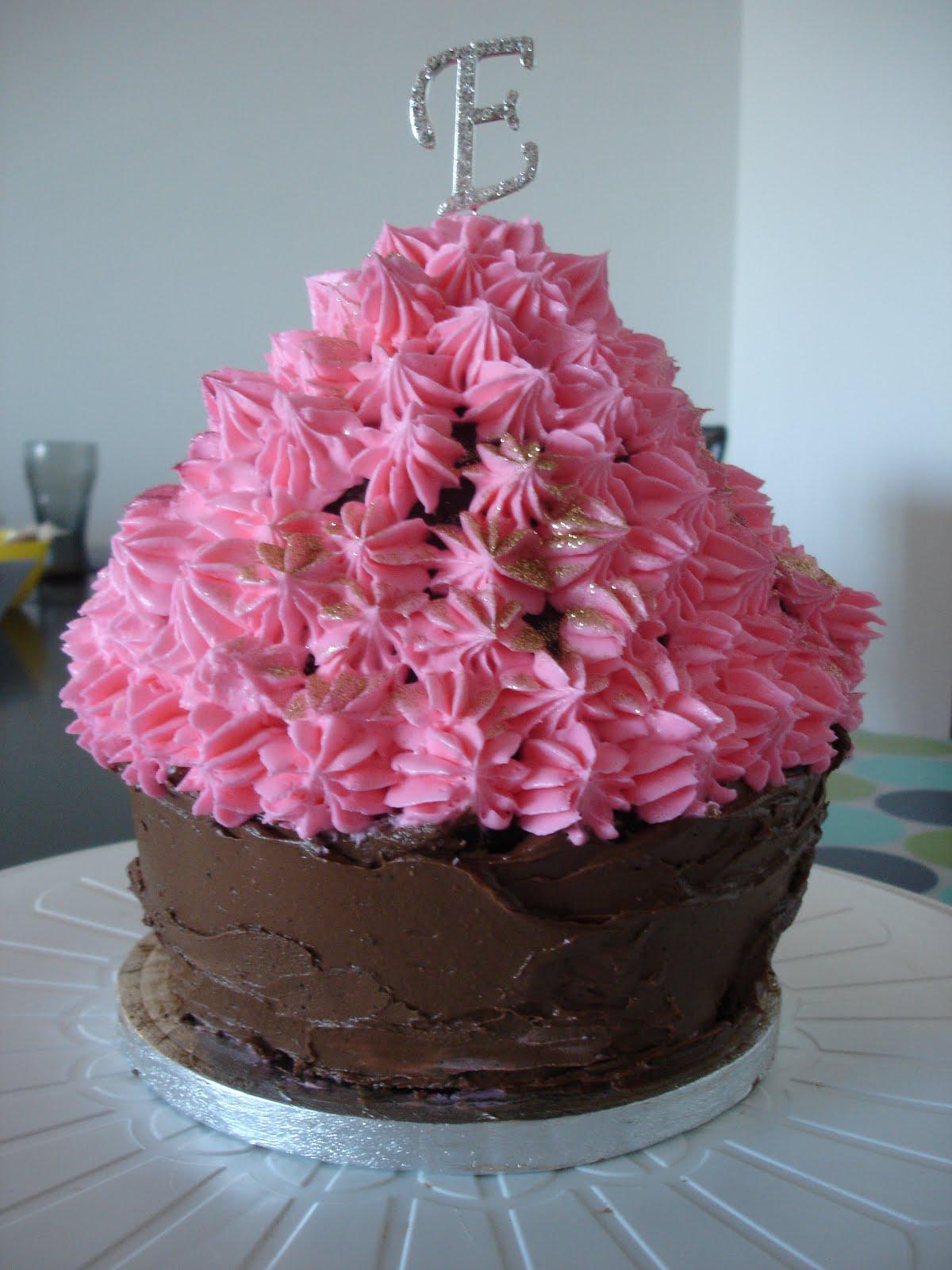 Princess Cupcake Cake Images : Princess Cupcake Cake
