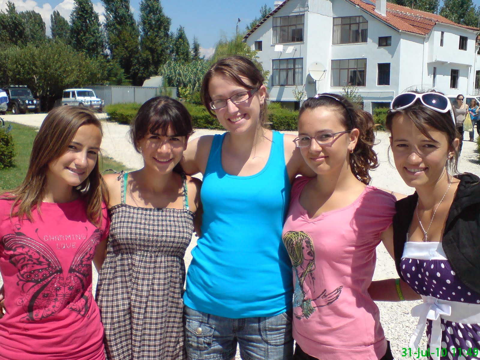 Tirana girls