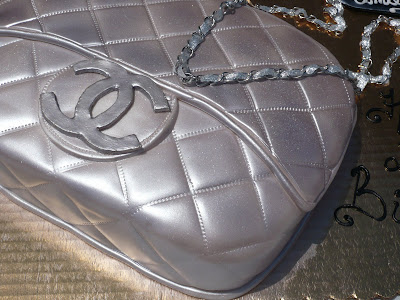 Designer Purse on So Your Lady Wants A Designer Purse   But It Is Not In Your Budget