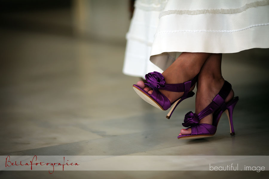 COLORED WEDDING SHOES THE LATEST TREND IN 2011