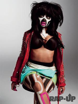 >News // Nicki Minaj plus hot que jamais dans V Magazine