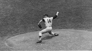 Jim Bunning pitches a perfect game against the Mets in 1964