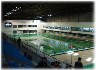 Dentro de agua for Piscina 50 metros sevilla