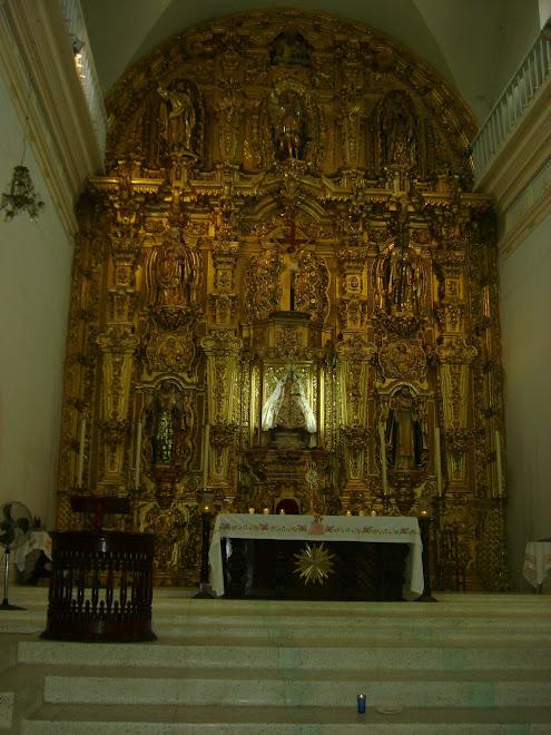 Retablo de Oro de la iglesia de Nuestra Señora del Rosario