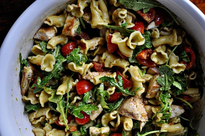 the parsley thiefPesto Pasta Salad with Grilled Chicken
