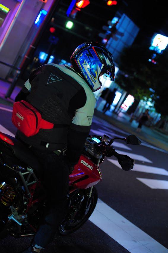 [深夜のハイパー3台821+++DSC_0519.jpg]