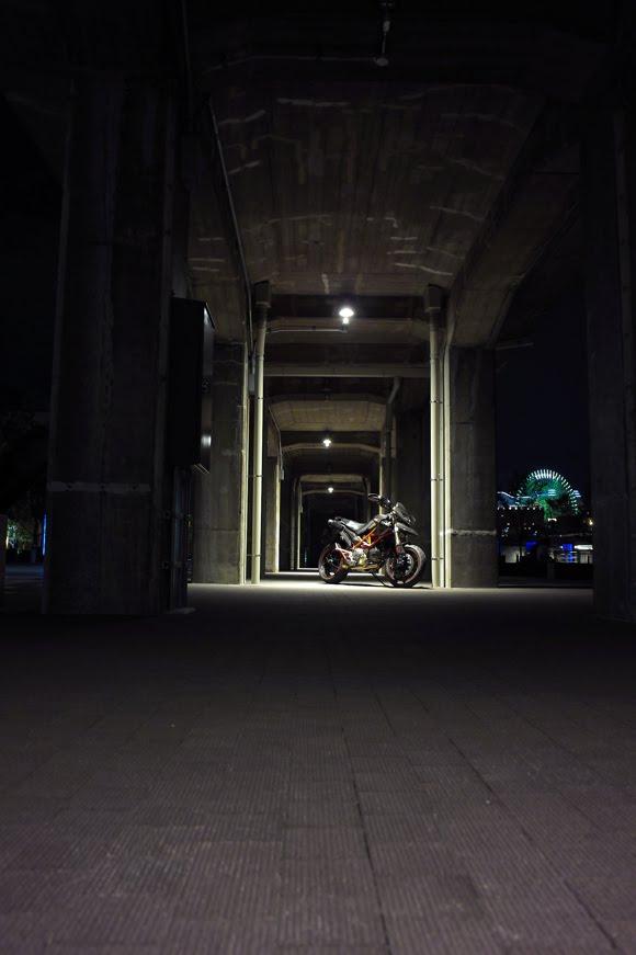 [深夜のハイパーモタード8−14SDIM1267.jpg]