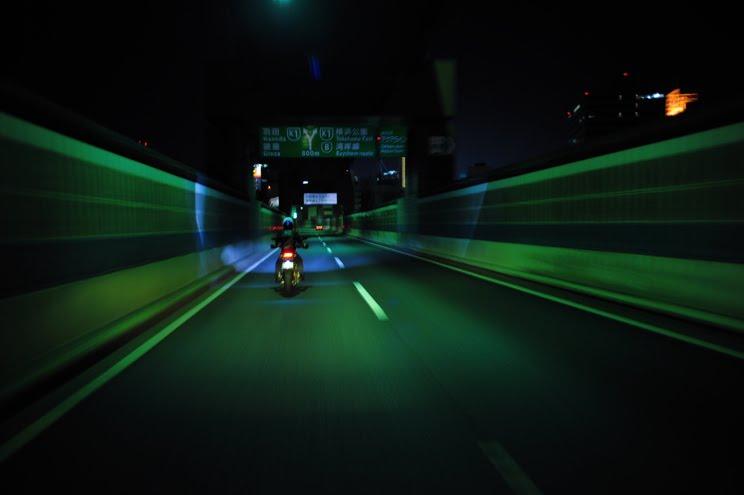 [大桟橋界隈ハイパーモタード2台DSC_0478.jpg]
