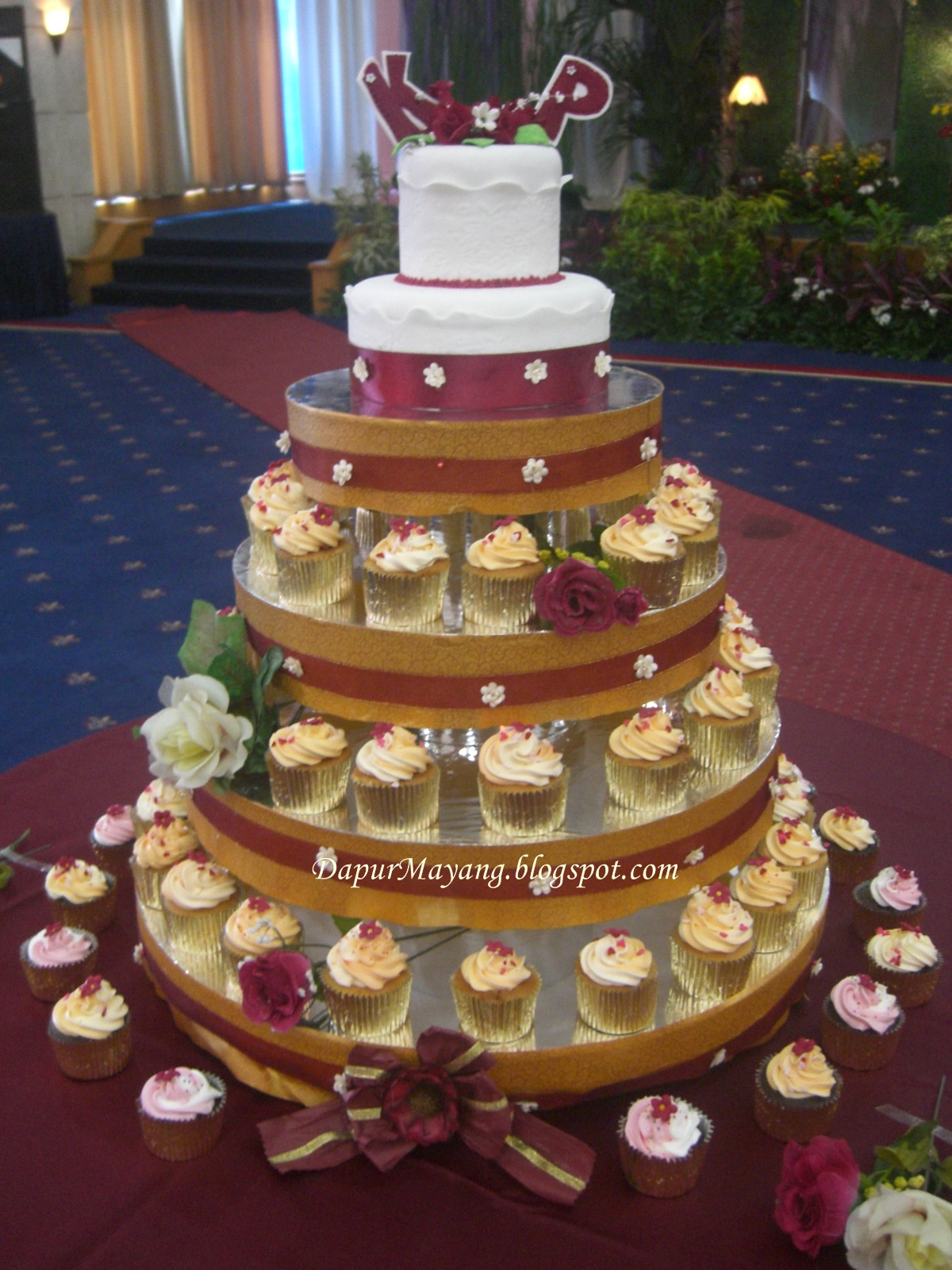 Order Kue Online Adiel Cakes By Dapur Mayang Daftar Harga Cake Di - Harga Dummy Wedding Cake
